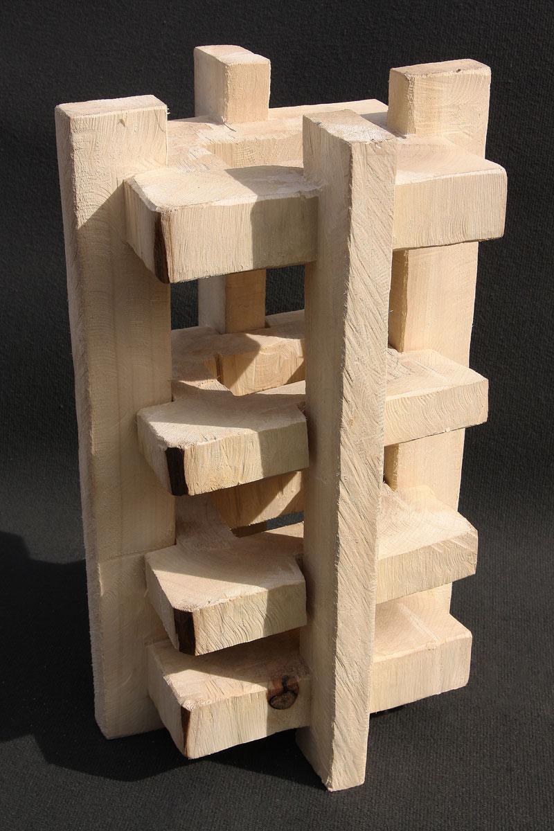 Holzobjekt-Begrenzte-Freiheit-Johannes-Hofbauer